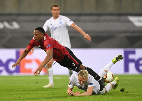 Điểm tin thể thao tối 14-12: Man Utd gặp đối thủ nặng ký ở Europa League - Ảnh 1.