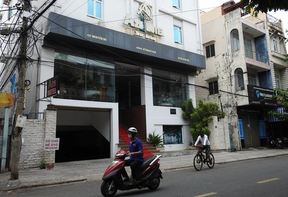 1.700 người kẹt ở Đà Nẵng: 6 chuyến bay đưa du khách về nhà - Ảnh 1.