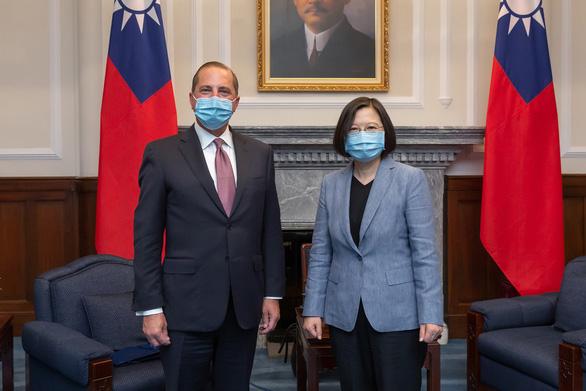 Thăm Đài Loan, bộ trưởng Mỹ chỉ trích Trung Quốc - Ảnh 1.