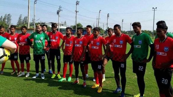 Bangladesh gọi 24 cầu thủ đá vòng loại World Cup 2022, có 18 người bị nhiễm COVID-19 - Ảnh 1.