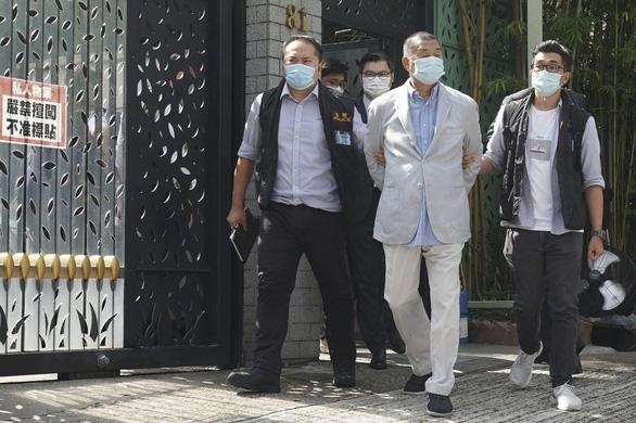 Dân mạng Trung Quốc đòi đưa trùm truyền thông Hong Kong Jimmy Lai về đại lục xử - Ảnh 3.