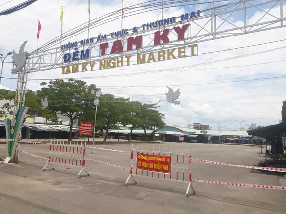 Gỡ phong tỏa một khu chợ và tổ dân phố ở Tam Kỳ - Ảnh 1.