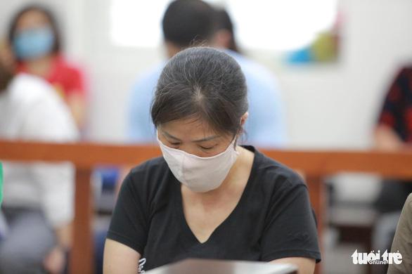 Vụ bé lớp 1 Trường Gateway chết trên xe: Bà Nguyễn Bích Quy nhận 21 tháng tù - Ảnh 2.
