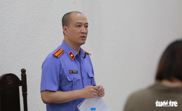Vụ bé lớp 1 Trường Gateway chết trên xe: Bà Nguyễn Bích Quy nhận 21 tháng tù - Ảnh 4.