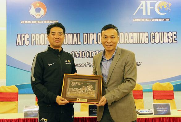 Giám đốc kỹ thuật của VFF đã đến Việt Nam, thực hiện cách ly 2 tuần - Ảnh 1.