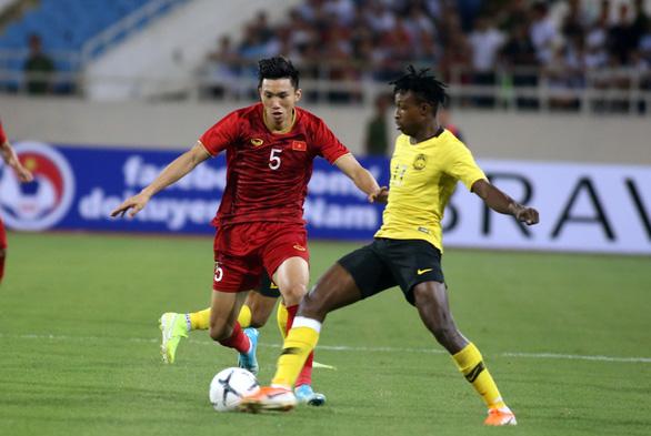 Vòng loại World Cup 2022 ở châu Á hoãn sang năm 2021 - Ảnh 1.