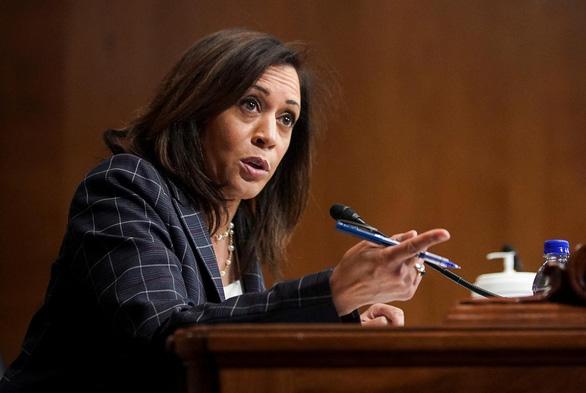 Ông Biden chọn nữ nghị sĩ Kamala Harris làm đối tác tranh cử - Ảnh 1.