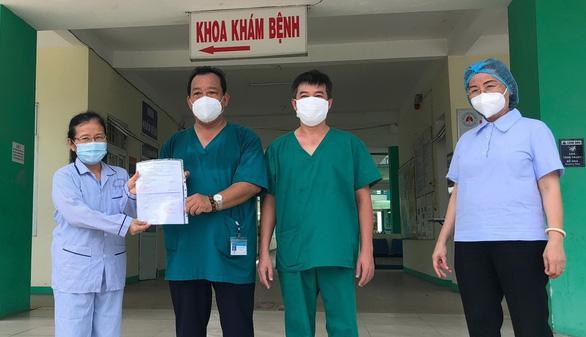 Thủ tướng Nguyễn Xuân Phúc: Tỉnh táo thực hiện mục tiêu kép - Ảnh 1.