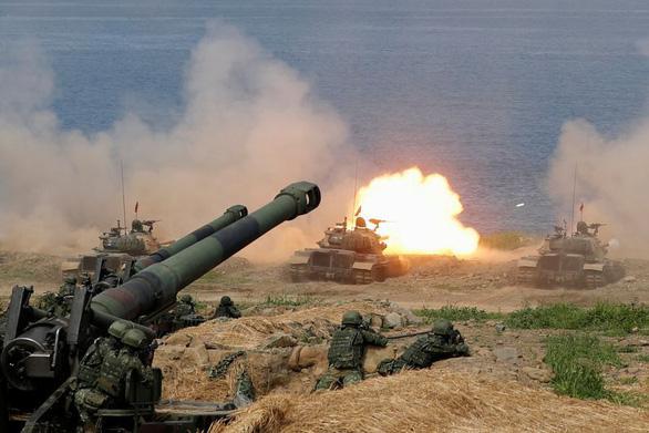 Đài Loan tăng 10% chi tiêu quân sự trước sức ép từ Trung Quốc - Ảnh 1.