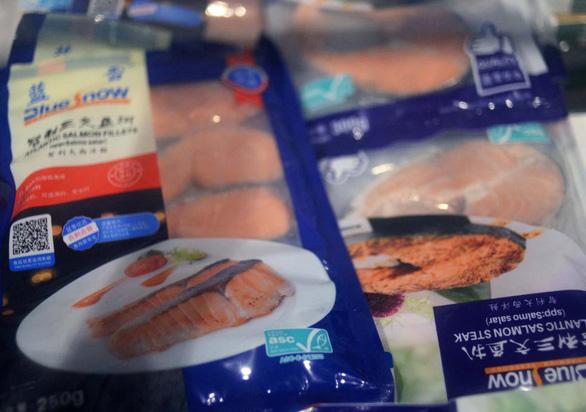 Chuyên gia nói gì về nguy cơ virus corona lây truyền qua thực phẩm đông lạnh? - Ảnh 1.