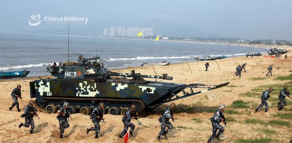 Quân đội Trung Quốc công bố tập trận quanh Đài Loan để bảo vệ chủ quyền - Ảnh 1.