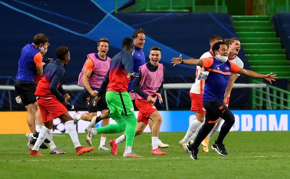 Gây sốc khi đánh bại Atletico Madrid, Leipzig làm nên lịch sử tại Champions League - Ảnh 6.