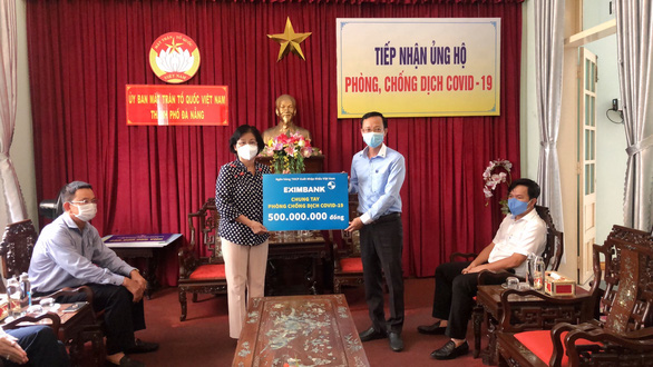 Eximbank ủng hộ 500 triệu đồng tiếp sức Đà Nẵng chống dịch - Ảnh 1.