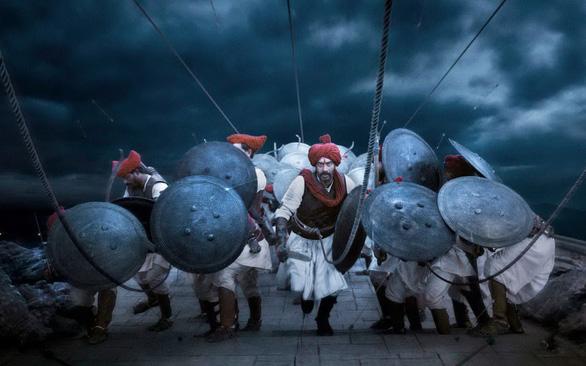 Điện ảnh Bollywood: Nở rộ phim lấy cảm hứng từ lịch sử - Ảnh 1.