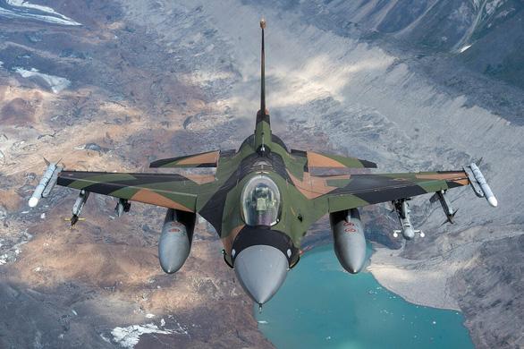 AFP: Đài Loan chốt hợp đồng khủng 62 tỉ USD mua máy bay chiến đấu F-16 của Mỹ - Ảnh 1.