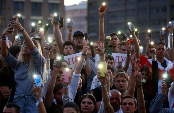 Ông Lukashenko cầu viện ông Putin trước làn sóng biểu tình phản đối kết quả bầu cử - Ảnh 1.