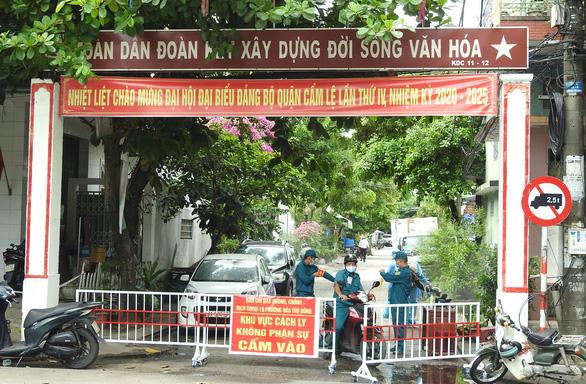 Đà Nẵng hỗ trợ gạo, thực phẩm cho người dân gặp khó khăn do dịch - Ảnh 1.