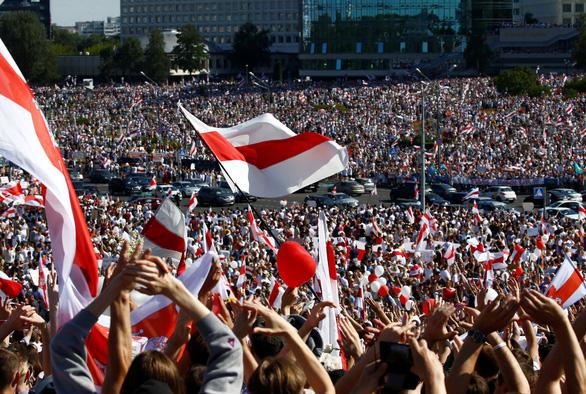 Pháp, Đức ủng hộ người biểu tình phản đối kết quả bầu cử Tổng thống ở Belarus - Ảnh 1.