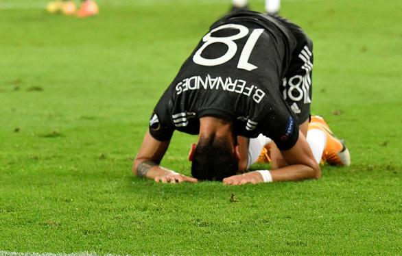 Bỏ lỡ hàng tá cơ hội, Man United bị loại ở bán kết Europa League - Ảnh 1.