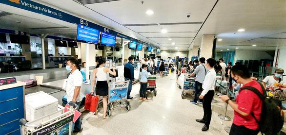 Chuyến bay thương mại quốc tế đầu tiên mở bán chặng về Việt Nam - Ảnh 1.
