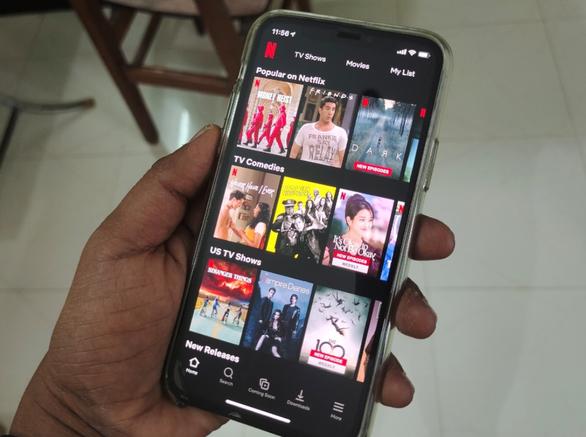 Netflix tung gói giá rẻ hút khách Đông Nam Á, chỉ coi được trên điện thoại - Ảnh 1.