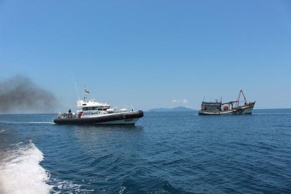 Bộ Ngoại giao nói gì về việc ngư dân Việt Nam bị Malaysia bắn chết trên biển? - Ảnh 1.
