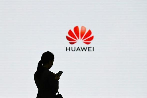 Huawei bị chặn, Trung Quốc nói Mỹ 'lạm dụng quyền lực quốc gia' - Ảnh 1.