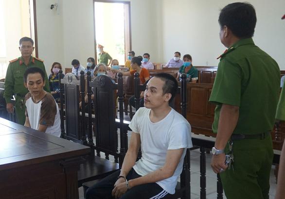 Y án tử hình kẻ đâm tử vong đại úy công an chiều 30 Tết Canh Tý - Ảnh 1.