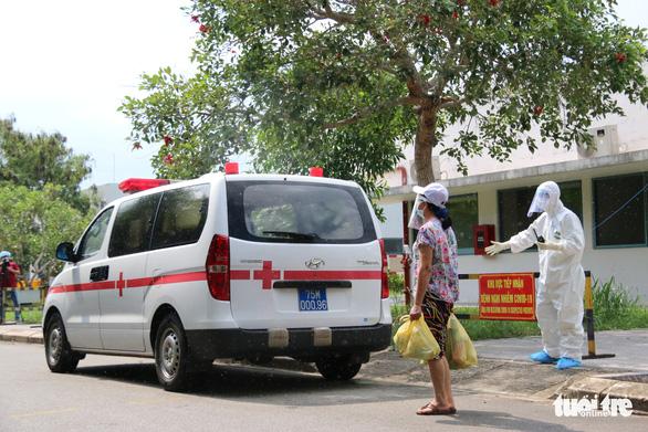 6 bệnh nhân nhiễm COVID-19 nặng ở Huế khỏi bệnh, một bệnh nhân được xuất viện - Ảnh 1.