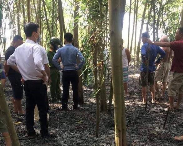 Phát hiện thi thể người đàn ông 78 tuổi trong đám cháy rừng keo - Ảnh 1.