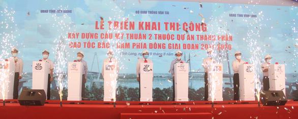 Triển khai thi công cầu Mỹ Thuận 2 phía bờ Vĩnh Long - Ảnh 1.