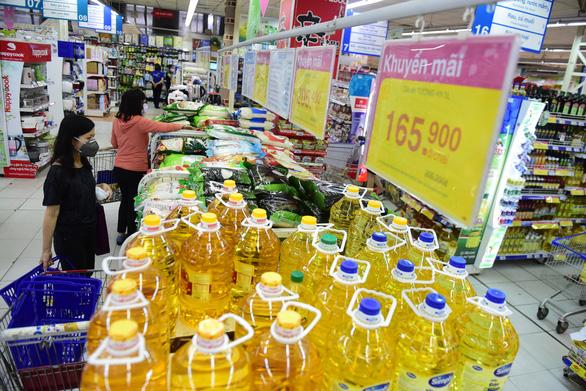 Saigon Co.op kích hoạt chương trình 21 ngày giảm giá nhu yếu phẩm - Ảnh 1.