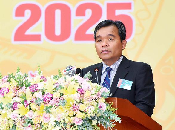 Bộ Chính trị chuẩn y ông Hồ Văn Niên làm bí thư Tỉnh ủy Gia Lai - Ảnh 1.
