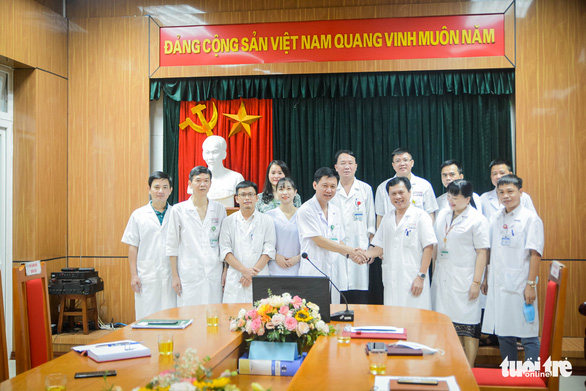 Y bác sĩ Nghệ An tiến vào Đà Nẵng chống dịch: 'Đi hăng hái, về thắng lợi' - Ảnh 2.