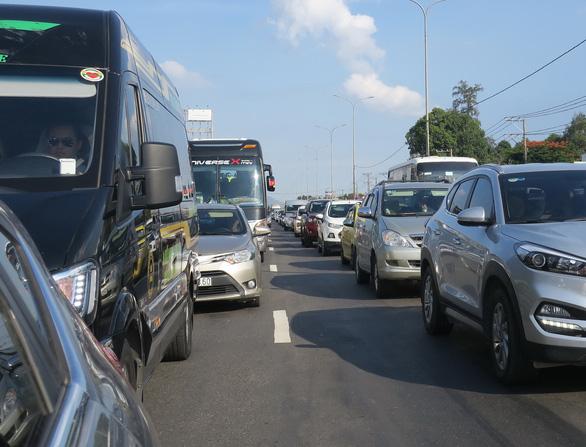 Đoạn Cao tốc TP.HCM - Long Thành: Mở thêm làn xe, đừng quên nút giao thông - Ảnh 1.