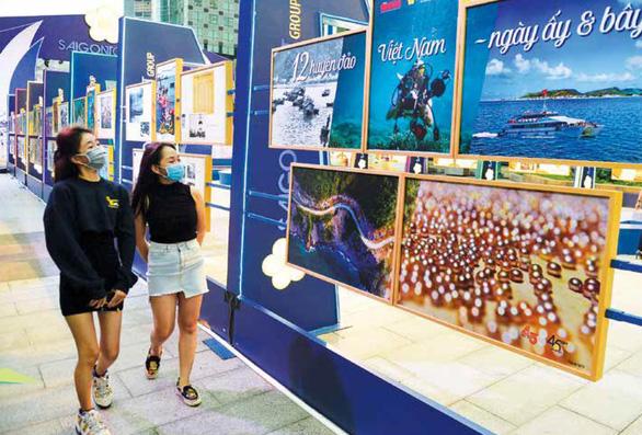 12 huyện đảo Việt Nam: Thôi thúc bước chân khám phá - Ảnh 1.