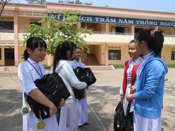 Bình Phước: 9.815 thí sinh đăng ký dự thi tốt nghiệp THPT năm 2020 - Ảnh 2.