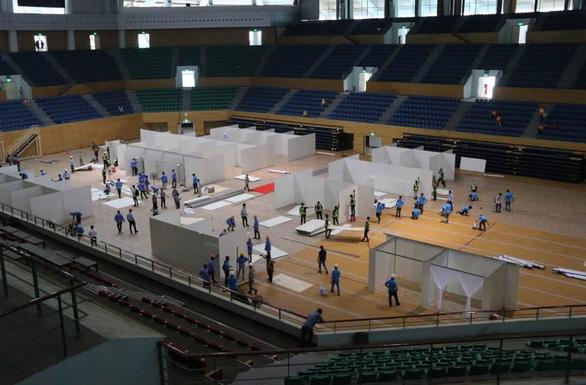 Xây dựng Bệnh viện dã chiến Đà Nẵng 700 giường thế nào trong 4 ngày? - Ảnh 1.