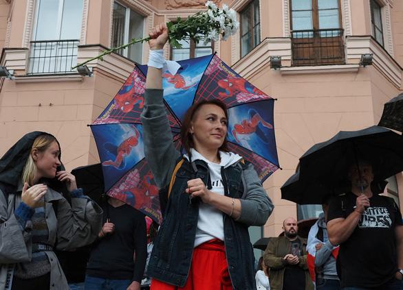Châu Âu không công nhận kết quả bầu cử, trừng phạt Belarus - Ảnh 1.