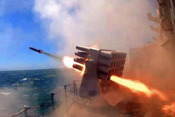 Trung Quốc tập trận bắn đạn thật suốt 3 ngày tại biển Hoa Đông - Ảnh 1.