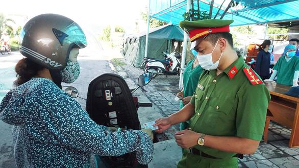 Quảng Ninh dừng hoạt động chốt liên ngành phòng dịch COVID-19 - Ảnh 1.