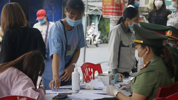 Hải Phòng, Quảng Ninh siết trở lại các cửa ngõ để ngăn dịch COVID-19 - Ảnh 2.