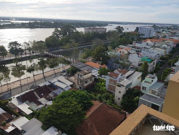 TP Long Xuyên trở thành đô thị loại I trực thuộc tỉnh An Giang - Ảnh 2.