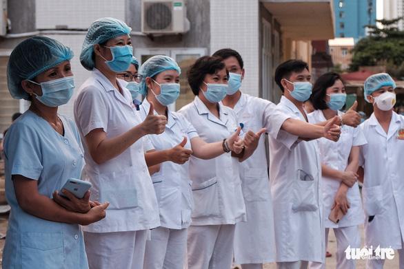 Gỡ phong tỏa bệnh viện E từ chiều 20-8 - Ảnh 4.
