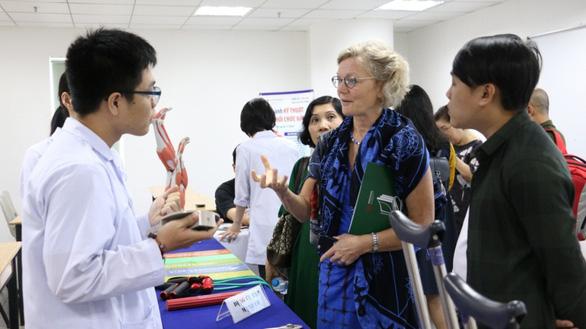 Đại học Quốc tế Hồng Bàng xét tuyển học sinh tốt nghiệp chương trình THPT nước ngoài - Ảnh 1.