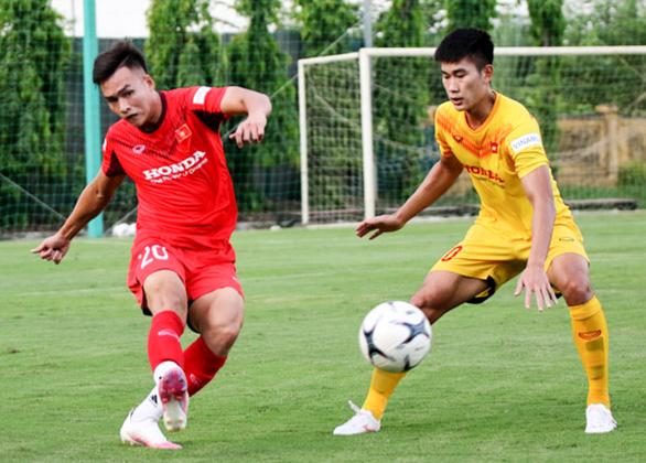 U22 Việt Nam đấu tập nội bộ, HLV Park Hang Seo chỉ cho đá 60 phút/trận - Ảnh 2.