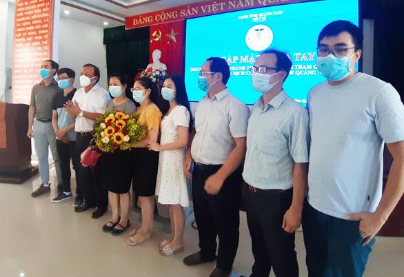 Bác sĩ TP.HCM: Chúng tôi vui vì đã 'chia lửa' cùng Quảng Nam chống dịch COVID-19 - Ảnh 4.
