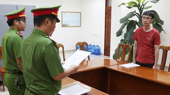 Tạm giữ nhân viên ngân hàng BIDV nghi lừa đảo, chiếm đoạt gần 15 tỉ - Ảnh 1.