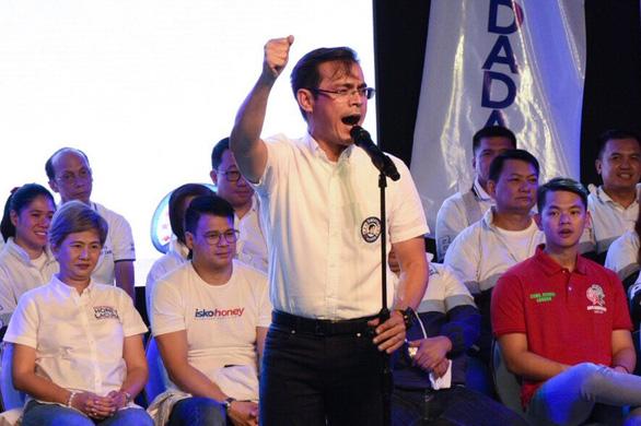 Thị trưởng của Philippines nổi giận vì mỹ phẩm dán nhãn tỉnh Manila, Trung Quốc - Ảnh 2.