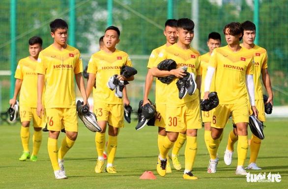 U22 Việt Nam đấu tập nội bộ, HLV Park Hang Seo chỉ cho đá 60 phút/trận - Ảnh 1.